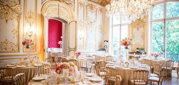 Understated Elegance & Fine Food Are French Wedding Highlights